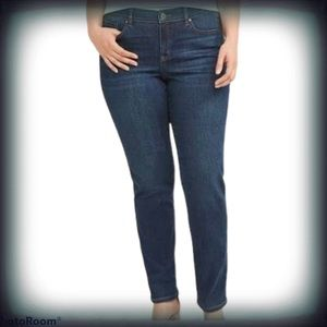 Lane Bryant Pull On Straight High Rise Jeans 18